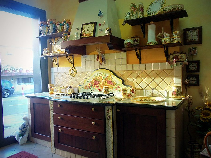 Beautiful Cucina In Pietra Lavica Images - bakeroffroad.us ...