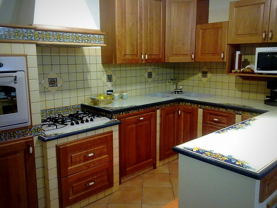 Piastrelle In Pietra Per Cucina : Top cucina pietra lavica giarre creart ceramiche