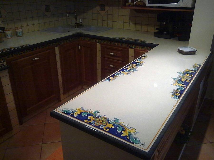 Top cucina pietra lavica giarre creart ceramiche for Piastrelle cucina caltagirone